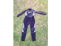 Wet suit. Small. Osprey. Very Good Condition