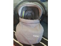 Babystyle Oyster Car Seat - hardly used