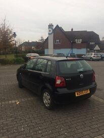 Volkswagen Polo 2005 1100cc - Black 5 doors - MOT and perfect conditions