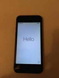 iPhone 5 - 32GB - O2 - Grey / Black - Boxed & Complete (Charger / Plug / Headphones)