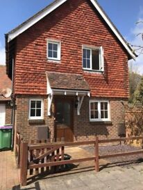 2 Bedroom Detached House in sought after Village Location