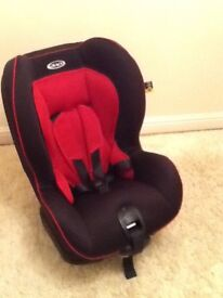 GRACO. Red & Black child's car seat 9 - 18kg