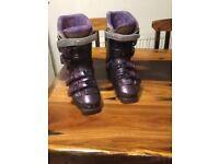 Salmon evolution 8.2 ski boots 315/24.5