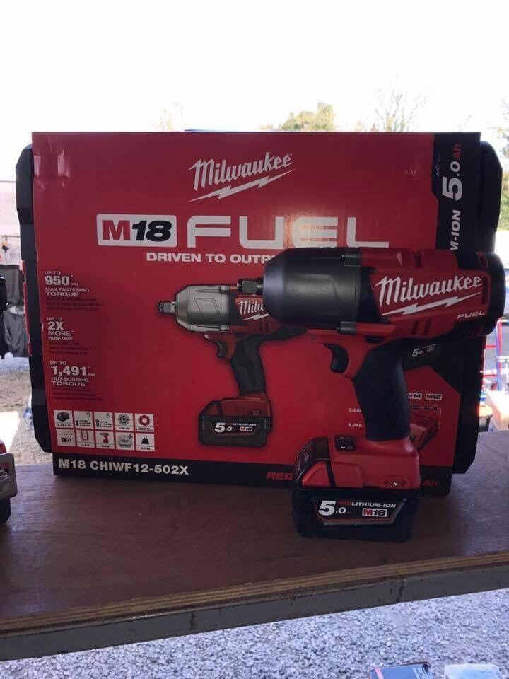 "Milwaukee 1/2"" High Torque 5 Ah 1491nm Impact gun kit"