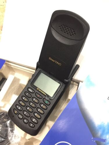 NEW Motorola StarTac D GSM Original Boxed  star tac vintage retro flip phone