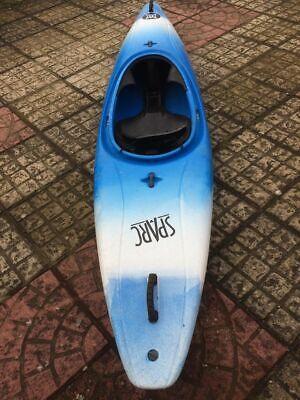 Perception sparc kayak blue/white used whitewater surf club canoe single