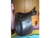 """18"""" Black country WH saddle."""