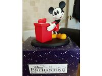 surprise surprise micky mouse figurine with lidded box