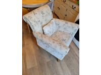 Armchair from Oak furniture land