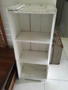 Retro vintage shabby shelves Springwood Logan Area Preview