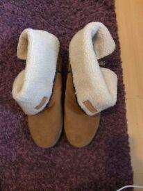 Ladies Barbour boots