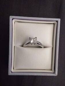 Diamond Solitaire Ring Charlestown Lake Macquarie Area Preview
