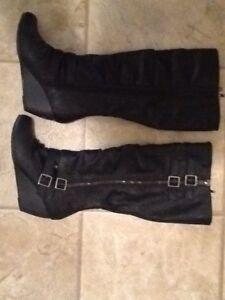 Ladies Boots size 8.5