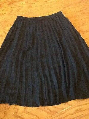CHRISTOPHER &  BANKS Petite, Size 6P, Black, Fully Lined, Pleated Skirt.  NEW.