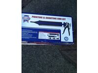Pointing and grouting set