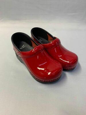 Dansko Kids Girls Red Patent Leather Clogs size 31