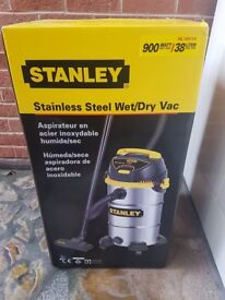 Stanley Wet/Dry Vacuum Cleaner Stainless Steel 900 Watt, 10 Gallon, 38 Litre