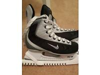 Nike ice skates never worn uk size 5.5