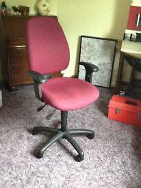 Adjustable Computer chair