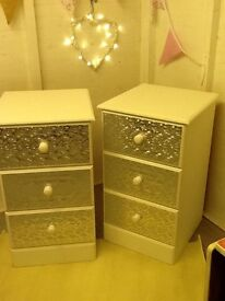 2 X Shabby Chic Bedside / Chest of Drawers