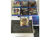 PS4 MINT WITH SEVERAL SUPERB GAMES !