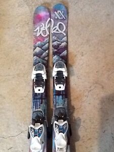 Skis twin tip pour fille