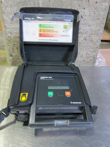 Medtronic Lifepak 500 AED In Carrying Case 3011790-001520 (641DM)
