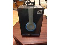 Beats Solo2 Wireless On-Ear Headphones - Active collection - Flash Blue