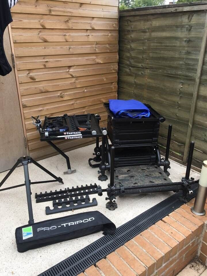 PRESTON INNOVATIONS ABSOLUTE BLACK EDITION SEAT BOX   in Chesterfield,  Derbyshire   Gumtree