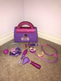 Doc McStuffins bag play set