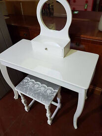 **SOLD SOLD SOLD** Kids Dressing table