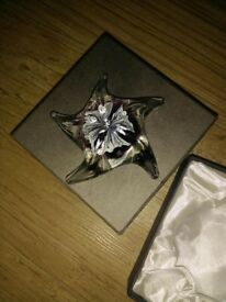 Beautiful glass starfish paperweight ornament