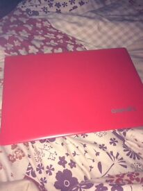 Lenovo laptop excellent condition hardly been used!
