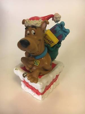 Scooby Doo in Santa Hat Going Down The Chimney with Bag of Presents PVC Figure