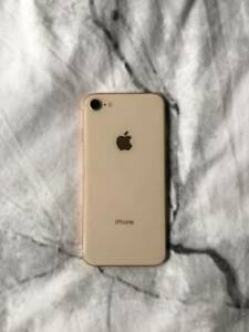 BRAND NEW GOLD IPHONE 8 (256GB)