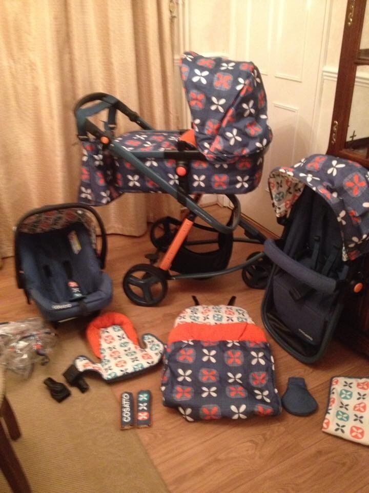 * Cosatto Giggle 2 - Full Travel System in Toodle Pip Design *