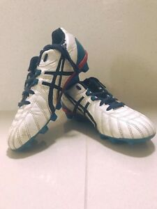 Asics footy boots Kearns Campbelltown Area Preview