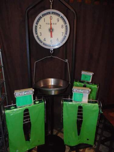 Toledo 30 lb. Double-sided hanging scale on stand, 3 bag stands
