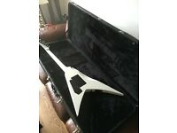 Alexi Laiho signature esp lets 600 white and black and hard case.