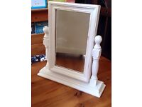 Dressing table /vanity mirror