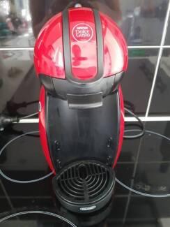 Nescafe Dolce Gusto - Coffee pod machine