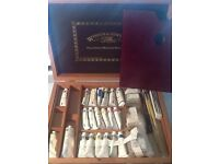 Windsor & Newton oil paints collection box, in a beautiful presentation box £80 never been used