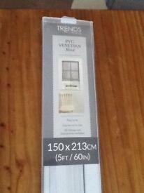 PVC Venetian Blind White 150 X 213cm. New still in packaging .