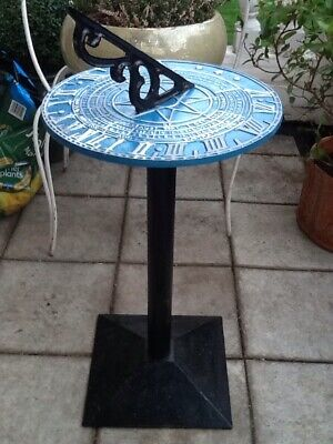 Good Quality Vintage Painted Cast Iron Free Standing Sundial Garden Patio
