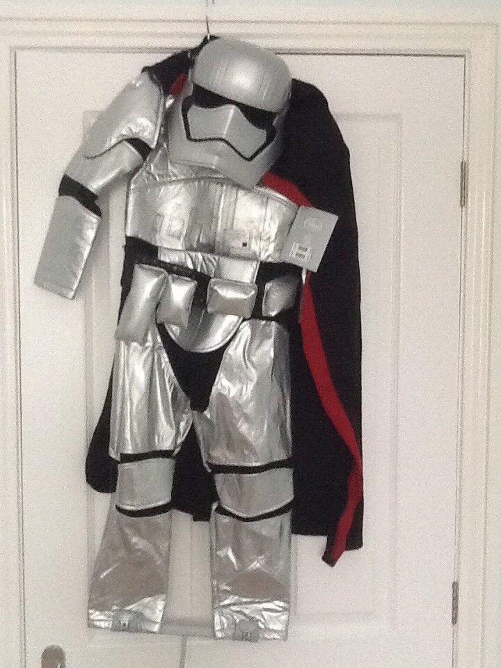 Brand new Disney Store Star Wars costumes