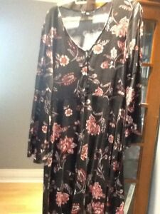 Floral print dress with bell selves