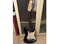 Electric guitar WITH amp, case, picks, strap and tremolo - Rockburn beginner