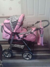 Lux4kids Pink Leopard Print Pram with everything
