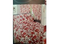 King Size Bumper Bedding & Curtain Set New In Packaging