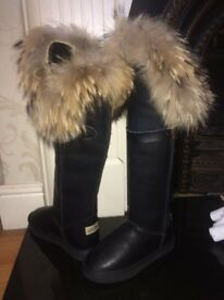 Fox fur leather boots